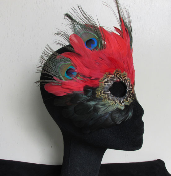 FantaFaces Red Queen Mask